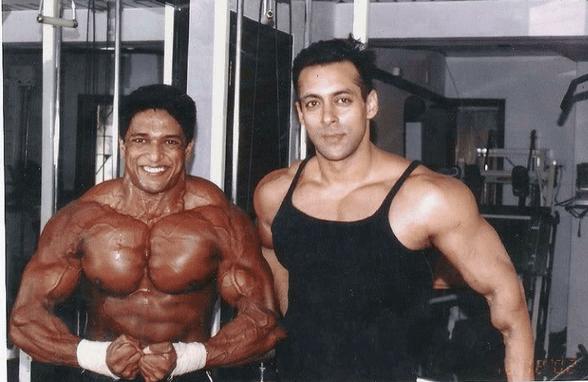 Manish Advilkar with Salman Khan min